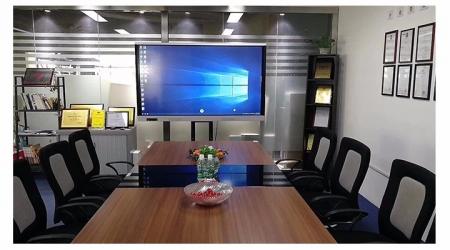上海某连锁企业会议平板
